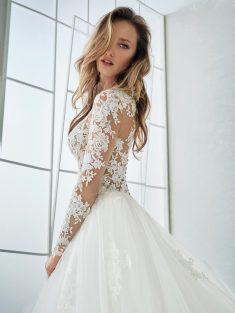 čipkaste poročne obleke