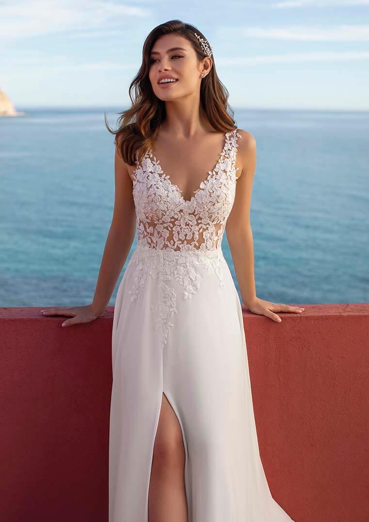 bela poročna obleka